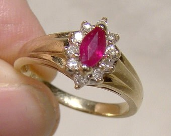 10K Natural Marquise Ruby and Diamonds Ring 1960s 10 K Size 6 Navette