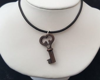 Dark Copper Heart Skeleton Key Necklace / Medium Vintage Style Key Pendant / Steampunk Costume Jewelry / Charm Necklace