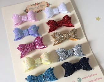 Glitter Bow - Small Chunky Glitter Bow Baby / Girl Crocodile Clip / Alligator Clip Choice of 31 colours. Pink, red, white, gold.