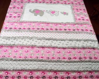 Elephant Rag Quilt, Pink Grey Rag Quilt, Elephant Baby Quilt, Toddler Rag Quilt, Girls Elephant Crib Bedding, Appliqued Elephants Rag Quilt