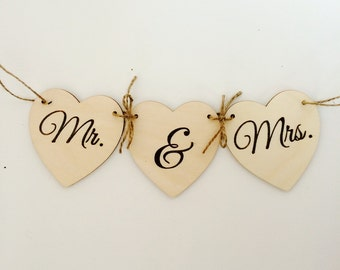Mr. & Mrs. Rustic wedding banner decor or photo prop