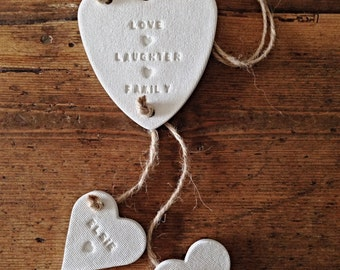 Clay garland with personalised little hearts ~ nursery decoration ~ nursery decor ~ new baby gift or Mother's Day gift ~ family garland