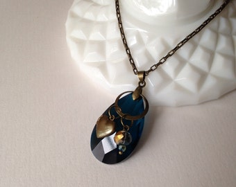 Crystal necklace | blue crystal | blue crystal necklace | antique brass