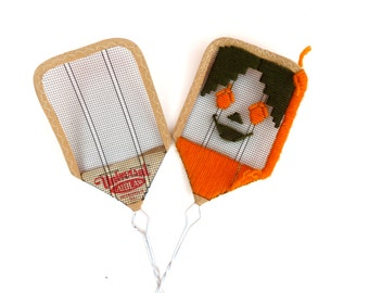 Pair Vintage 1940s 1950s Fly Swatters. UNIVERSAL LAIDLAW Wire Mesh Fly Swatter. Tramp Folk Art Embroidered. Retro Travel Trailer Decor