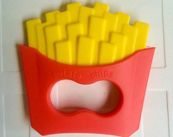 French fries potatoes pendant, food grade silicone teething toy for baby. fast food funny pendents for chewing