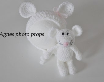 Mouse bonnet with mouse toy, mouse hat, soft toy ,lovey newborn photo props white