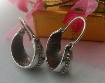 Sterling Silver Hoop Earrings Small Crafted Bali Hoop Chic Modern Silver Earrings 925 Silver Statement Everyday Jewelry Bali crafted hoops