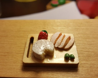 Miniature  cheese and bread board dollhouse miniatures