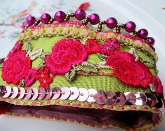 Fabric bracelet textile bracelet green pink red roses lace indian ribbons boho bracelet hippy bracelet mokuba floral tapes