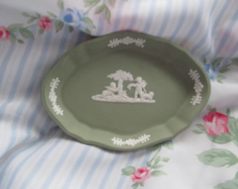 Green Wedgewood cupid small tray