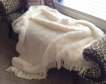 "Faux Fur Throw - white - 59"" x 65"""