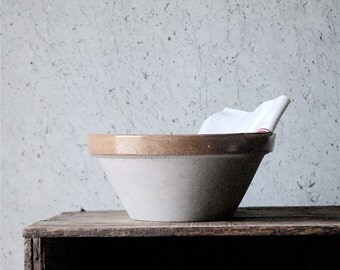 Vintage French stoneware bowl - M