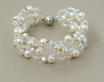 Pearl and crystal bracelet, Bridal pearl Bracelets , Wedding bracelets, Bridal bracelet, Swarovski pearl bracelet, Swarovski bracelet