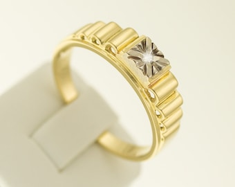 Handsome man's RING with diamond SOLITAIRE, 585/14kt. BiColor, gold ring