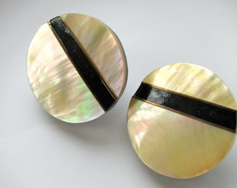 Shell earrings, inlaid shell, clip on earrings, 28mm, black and white - 308