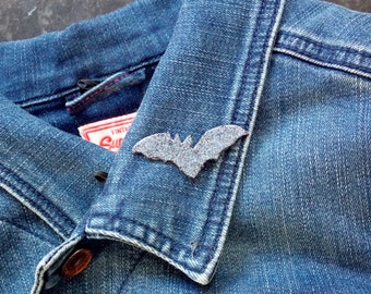 Sparkly Bat - Brooch - Halloween
