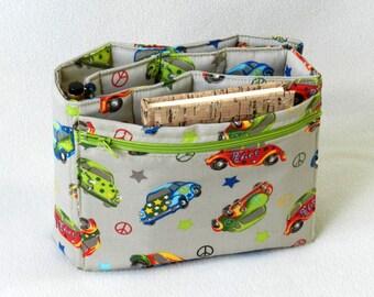 Purse organizer - Hippie beetle cars - Padded bag organizer - Flat purse insert - Handbag organizer with zipper pocket - Beige bag organiser