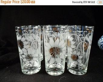 Cabin Fever Sale Drinking Glasses-Water Glasses-Clear Glass With Etched Sunflowers and Gold Highlights-Table Decor-