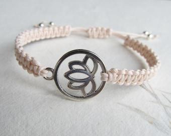 Macrame bracelet lotus, lotus bracelet, yoga bracelet