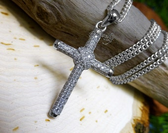 Round Cubic Zirconia Cross Pendant .925 Silver Necklace