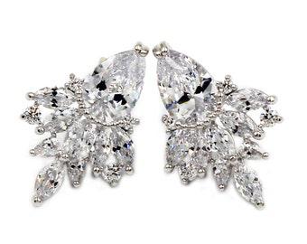 Winky crystal silver earrings