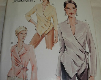 Women's / Misses' Blouse by Vogue, Sewing Pattern, Sizes 18, 20, and 22