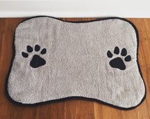 Dog placemate, Dog bowl placemat, Bone placemat for dog bowl, dog bowl rug, dog bowl placemat