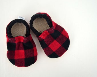 Red Buffalo Plaid Baby Booties, baby Moccs, Buffalo Plaid baby shoes, baby moccasins, Red and Black Check Shoes, baby booties