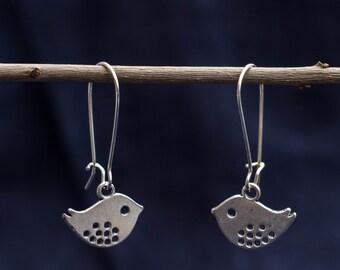 Sweet earrings with Tweetie bird in silver