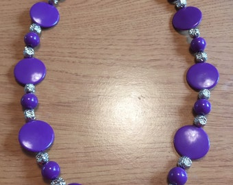 Purple acrylic beaded necklace