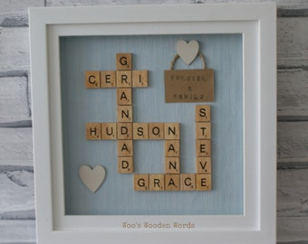 Wooden Word Art - Medium Family Frame