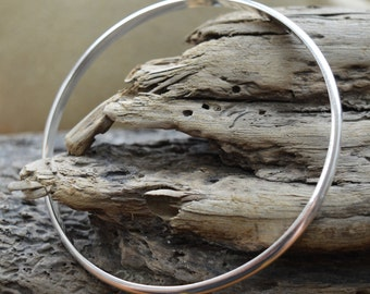 sterling silver bangle | half round silver bangle | simple silver bangle | minimalist silver bangle | elegant bangle | stacking bangle