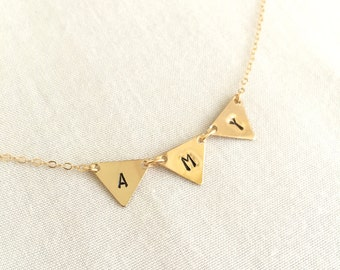 14K Gold Filled Initial Triangle Necklace, Personalized Best friend Necklace, Bridesmaid Gift, Graduation Necklace, Mother Necklace