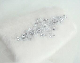 Christmas wedding,faux fur muff, winter wedding muff, bridal muff, Ivory muff, winter wedding, crystal rhinestone diamante muff : Marjolein