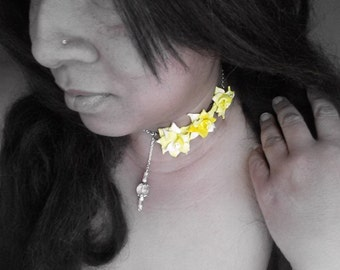 Yellow flower choker polymer floral necklace