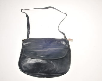 Vintage craftsman leather retro Vintage Leather Shoulder Handbag pop made in New France!