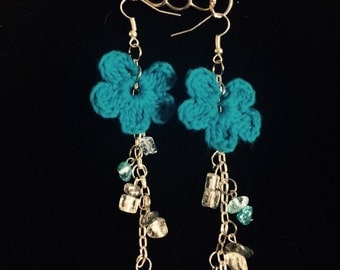 Crochet and beaded fangle earrings