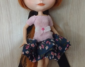 Blythe pink dress with ruffle blue