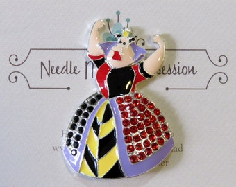 Queen of Hearts Needle Minder
