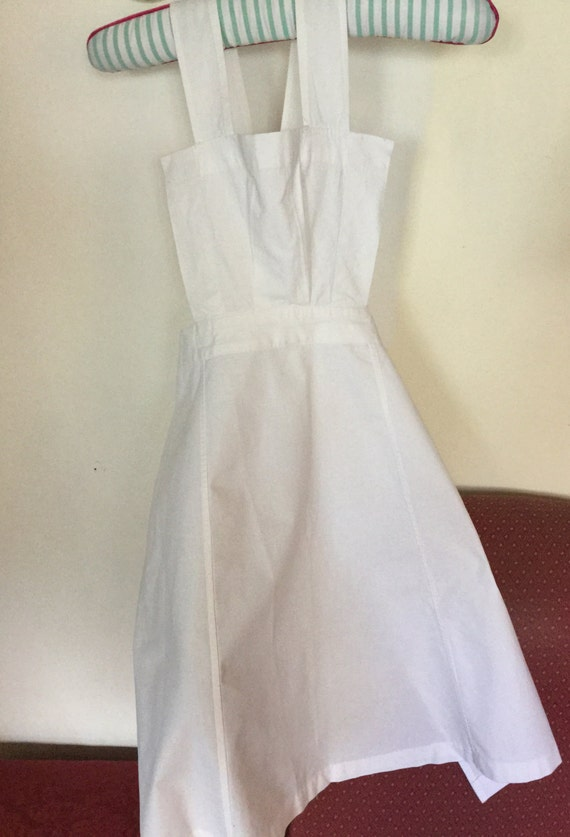 Girls vintage white pinafore, cross over, starched, Victorian style apron
