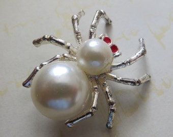 Halloween Spider Black Widow Brooch Pin White Belly Spider Faux Pearl