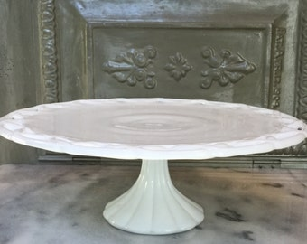 Vintage Milk Glass Cake Stand / L. E. Smith Milk Glass CakeStand / Vintage Dessert Stand / Milk Glass Pedestal