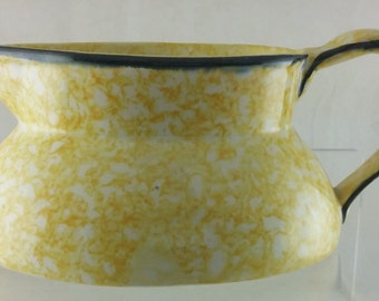 Vintage Town & Country Stangl Pottery Yellow Gravy Boat Bowl