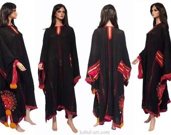 antique Pakistan Silk Embroidered Woman's Dress Sindh Mid 20th century XXl size No:1