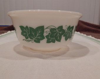 Hazel Atlas Green Ivy Bowl