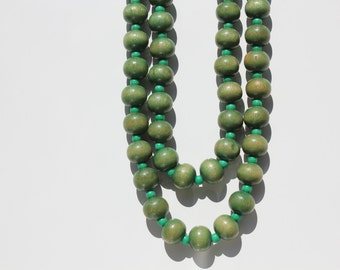 Lime wooden vintage beads