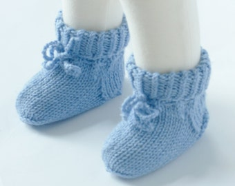 Hand knitted Pair of Socks for Your Baby  - Organic Wool - READY TO SHIP - Size: 3-6 months