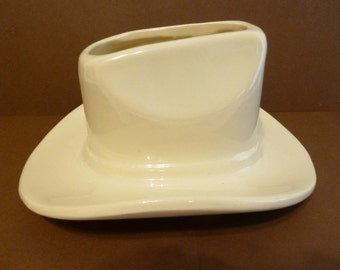 Western Hat Planter by: Haeger
