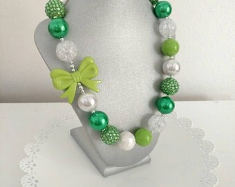 St. Patrick's day necklace - Girls Chunky necklace - green necklace