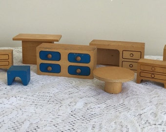Creative playthings doll house furniture made in Finland